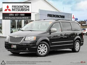 2010 Chrysler Town & Country TOURING! REDUCED! STO' N' GO! DVD!