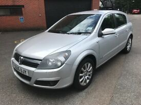 Astra 1.8 2005 - drives lovely