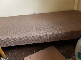 SINGLE BED BASE WITH DEVINE SLEEP CANDY MATTRESS