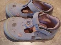 Grey shoes/pink - size 9 - ALMOST BRAND NEW