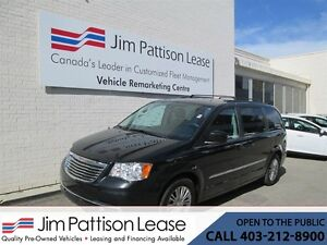 2016 Chrysler Town & Country 3.6L FWD Touring-L 7 Pass. w/Power