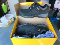 DeWALT safety shoes NEW. CAN POST