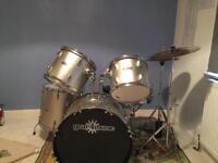 Drum kit - Gear4Music