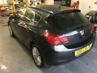 Vauxhall astra excite 1.7 CDTi diesel 5 door black alloys MOT Warranty BARGAIN