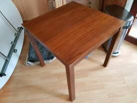dinning table RRP £ 100