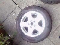 15 inch Alloys 5 stud x 114.3 All Tyres Good