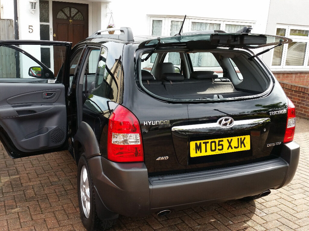 hyundai tucson crtd cdx 4wd 2 0 diesel 4x4 top range 1 year mot in barnet london gumtree. Black Bedroom Furniture Sets. Home Design Ideas