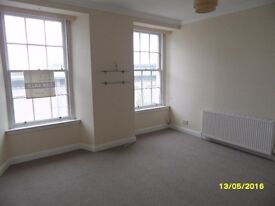 Beautiful 2 Bedroom Flat to Rent, Kirkcaldy High Street