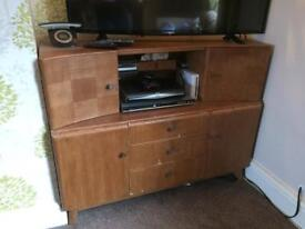 Retro tv stand/sideboard