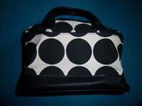 New Fabric Vanity Case IP1