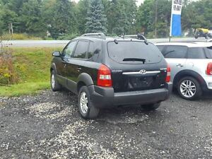 2007 Hyundai Tucson GL - SOLD London Ontario image 3
