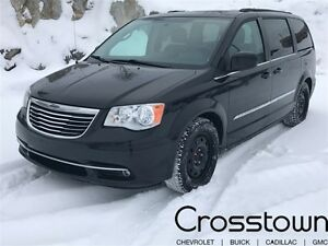 2013 Chrysler Town & Country BACKUP CAM/WINTER TIRES/CLEAN CARPR