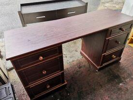 Heavy duty wooden dressing table