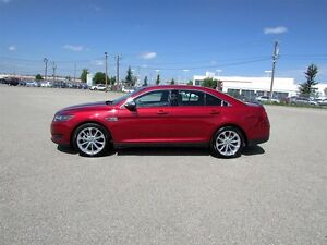 2016 Ford Taurus LIMITED AWD - SUNROOF, NAVIGATION, TECH PACKAGE