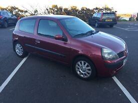 2002 Renault Clio 1.2 3 Door Hatchback Low Insurance Full years Mot Cheap car