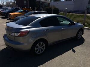 2010 Mazda MAZDA3 GX, Drives Great Very Clean Great On Gas !!!!! London Ontario image 6