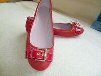 Ladies Carvella red flats