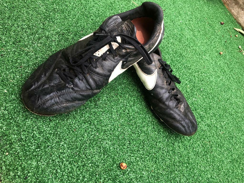 the best attitude 3a5db 0042b Mens Black Nike Tiempo Football Boots Size 10. | in Sidmouth, Devon |  Gumtree