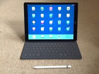 iPad Pro 12.9 inch 128GB WiFi with Smart Keyboard and Apple Pencil