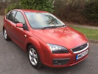 FOCUS 1.6 ZETEC CLIMATE 07 REG 5 DOOR IN FIRE RED WITH SERVICE HISTORY AND MOT FEB 2018