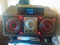 LG TOP OF THE RANGE DJ HI FI SYSTEM CM9730