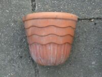 SMALL CLAY TERRACOTTA GARDEN PLANT FLOWER HANGING PLANTER