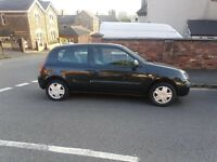 Cheap first car 55 reg Renault Clio ,long mot ,low insurance group ,px welcome