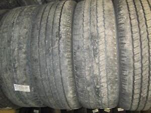 Plusieurs ensembles de pneus 275/60r20 usagés