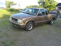 2003 GMC Sonoma Pickup Truck