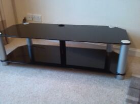 HEAVY DUTY GLASS TV STAND - Suitable for large TVs