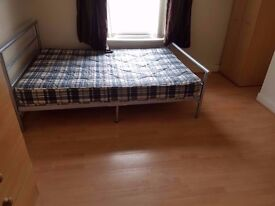 £57pw -large Double room Furnished Includes all bills