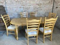 Solid Pine Extending Dining Table with 6 matching Chairs in beige and white striped cushions