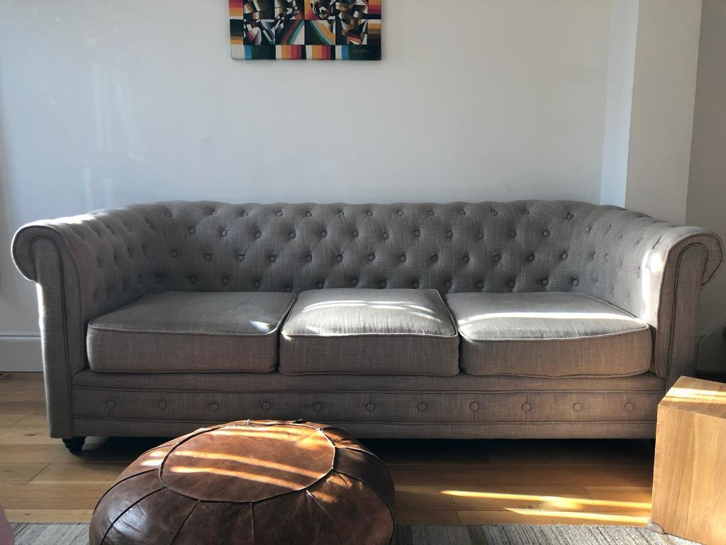 Chesterfield sofa in natural linen from brissi