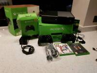 XBOX ONE 500GB + 5 GAMES & 2 Controllers