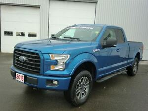 2015 Ford F-150 XLT-STICK SHIFT-SPORT PACK