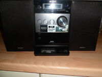 SONY MIDI HI FI SYSTEM DAB RADIO / CD /DOCKING STATION with REMOTE £50 ono