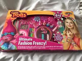 Trolls ultimate fashion frenzy