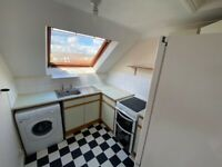 *AVAILABLE NOW- STUDENTS!* SB Lets are delighted to offer this spacious 4 bedroom flat