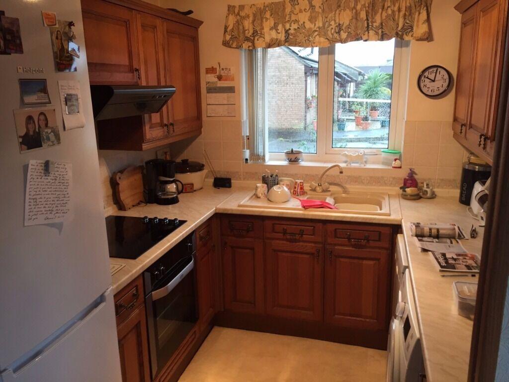 B q oak kitchen units buy sale and trade ads great prices for Oak kitchen units for sale