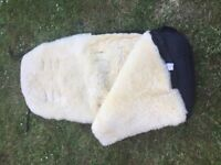 Pushchair woolly cosy