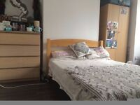 2 rooms rent, 2 bathrooms, by victoria line tube, immaculate