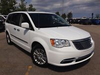 2015 Chrysler Town & Country ***TOURING W/ LEATHER***DUAL OVERHE
