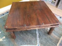 Wooden coffee table (large)