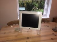 "Apple Studio Display 17"" M7649"