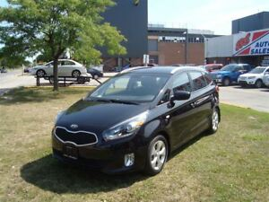 2014 Kia Rondo SE 5-Seater ~ HEATED SEATS ~ ALLOY WHEELS ~