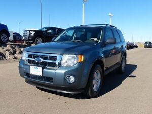 2010 Ford Escape XLT, 4x4, Sat Radio, Heated Mirrors