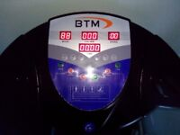 BTM Vibration Plate fitness machine