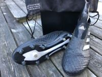 Adidas laceless football boots, men's size 8 .. REDUCED IN PRICE..