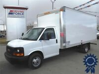 2014 GMC 16 Foot Cube Truck - Only 18,186 KMs - CVIP Inspected