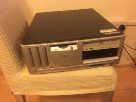 HP Compaq Business Desktop d330 - P4 2.4 GHz - 1024 MB - (40+30 GB HDD)